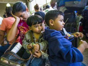 1403018033000-Immigrant-children